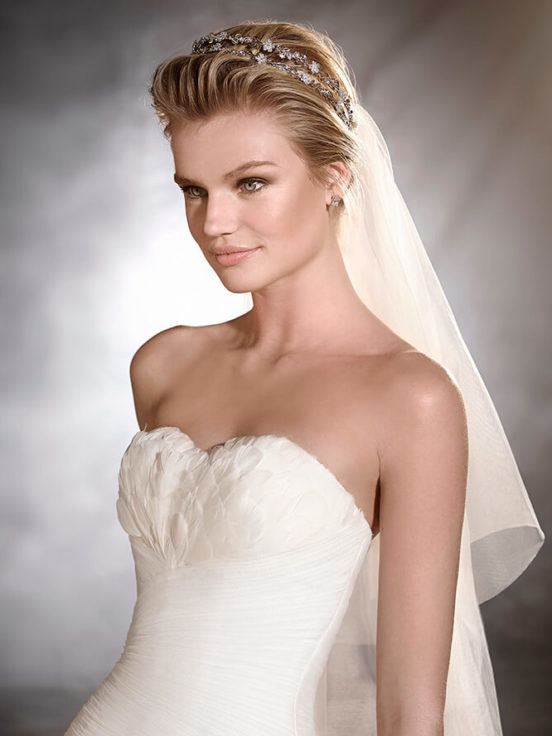 trouwjurk-pronovias-orfeon-close-up